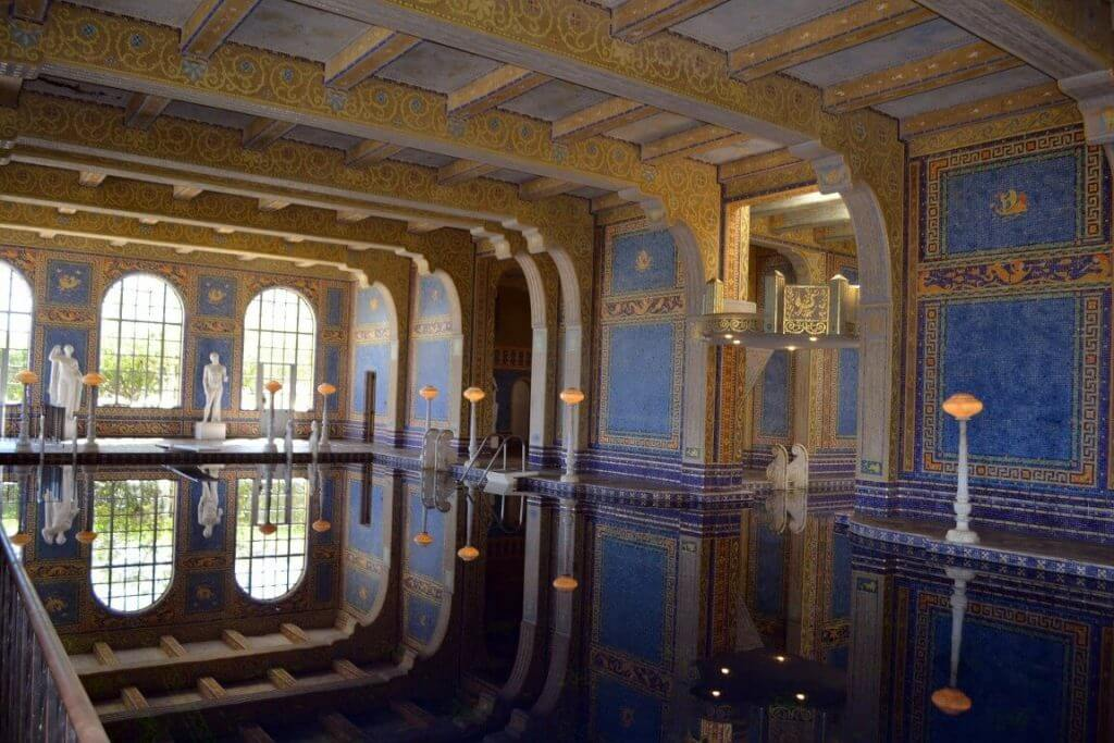 Hearst castle usa esta antrag for Castle architecture design