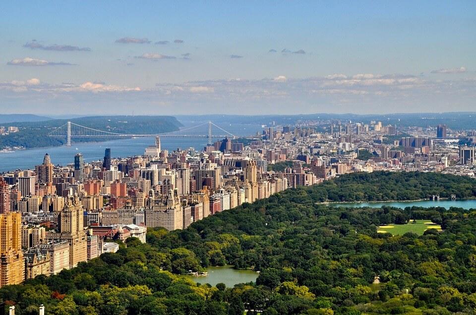 Füllen Sie Ihren ESTA Antrag aus und Reisen Sie nach Manhattan