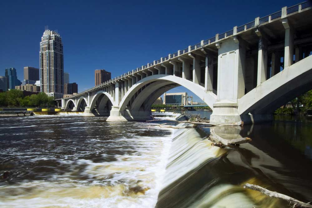 Minneapolis-St. Paul Ansicht vom Fluss