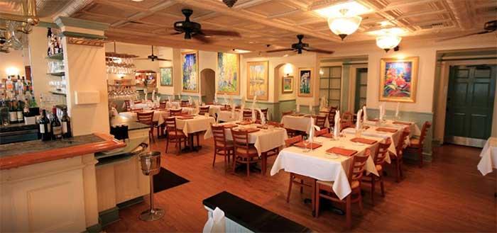 Restaurant Lahaina Grill