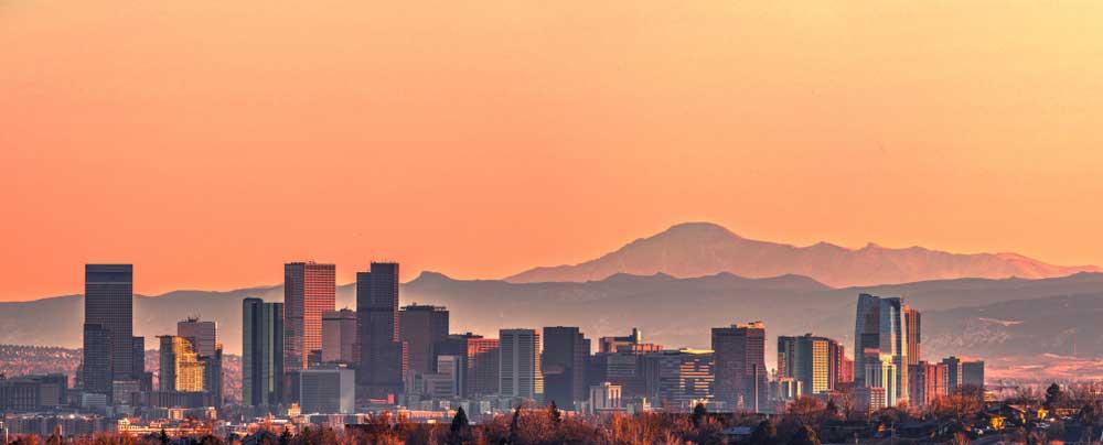 Denver Colorado am Fuße der Rocky's Das ESTA Visum beantragen für Ihr ESTA zur Einreise USA