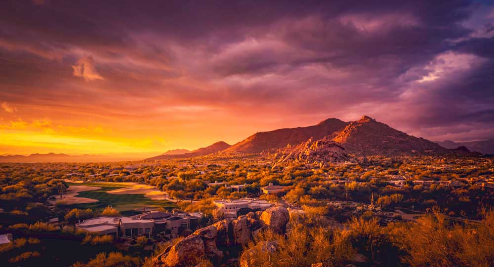 Sonnenuntergang über der Wüste bei Scottsdale Arizona