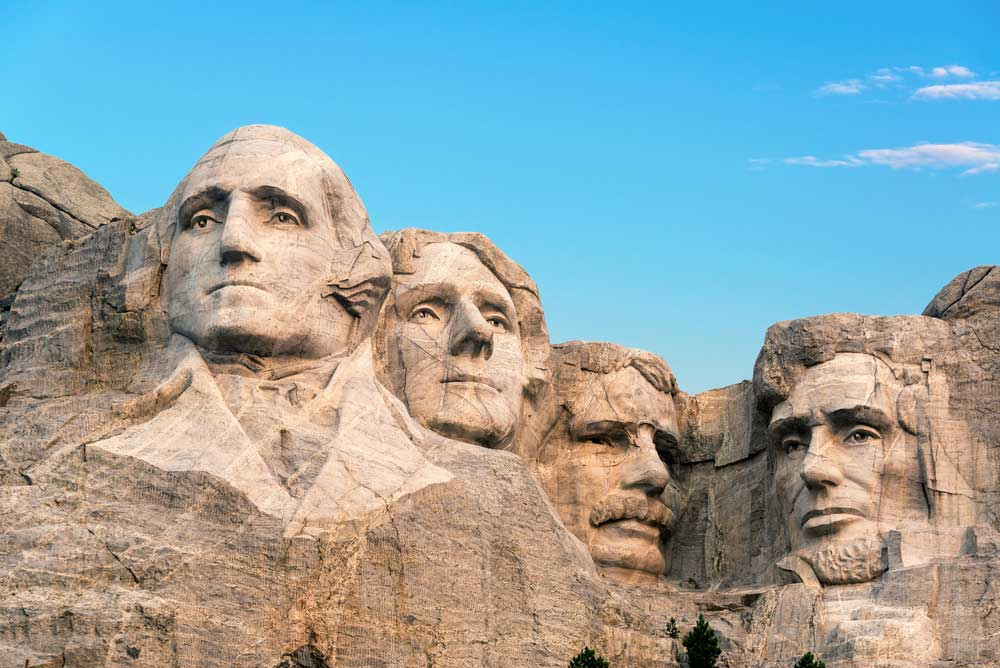 Mount Rushmore Predidents faces